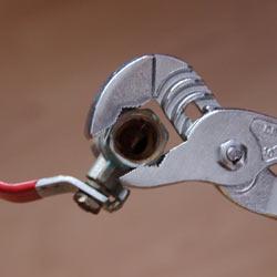 Ключ для сантехники